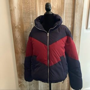 Divided, puffer jacket size Small